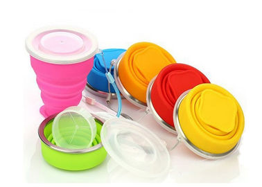 China Fashion Flexible Collapsible Travel Cup , Collapsible Silicone Cup With Lid supplier