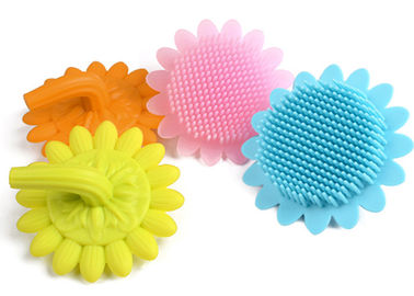 China Eco Friendly Silicone Body Brush , Soft / Healthy Silicone Shower Brush supplier