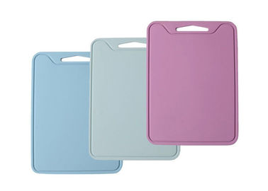 China Colorful Flexible Silicone Chopping Board / Kitchen Cutting Board For Easy Storage supplier