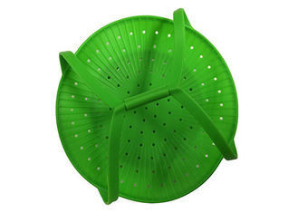 China Healthy Cooking Silicone Vegetable Steamer Basket Pantone Color With Handles factory