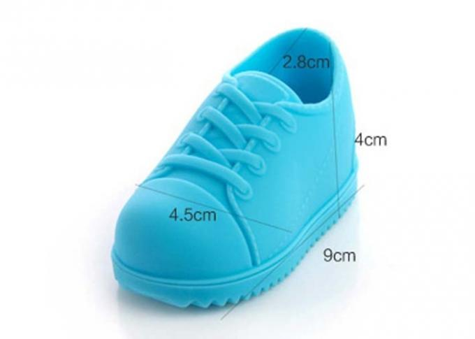 Flexible Silicone Household Items Baby Shoes Shaped Silicone Clothes Brush