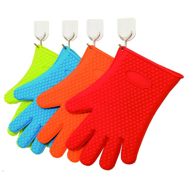 Non Toxic Silicone Baking Set Size Customized Heart Shaped Silicone BBQ Gloves