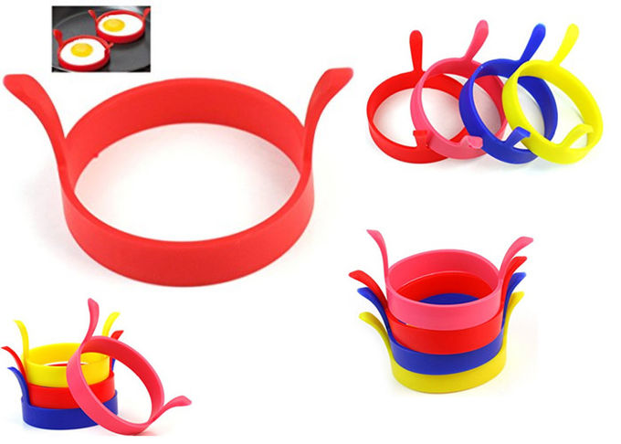 Food Grade Silicone Kitchen Accessories / Silicone Egg Pancake Ring No Handle