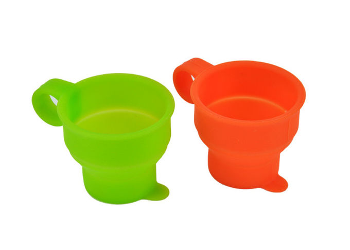 Heat Resistant Silicone Folding Cup , Portable Food Grade Silicone Wine Cups
